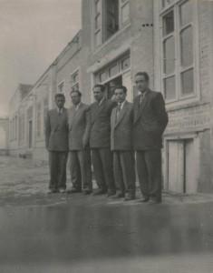 از راست به چپ آصف حاج محمدی محمدی مهاجری نصیری