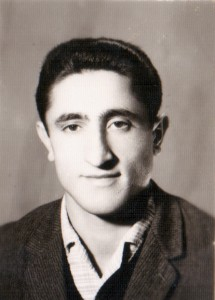 یوسف علاف اصغری دبیر شیمی