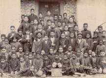 دانش آموزان مدرسه هدایت در سال ۱۳۱۲